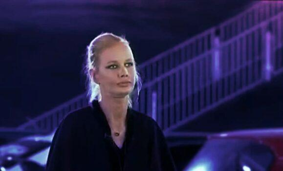 Экстрасенс Алиса Суровова